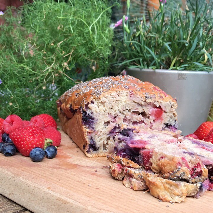 healthy triple berry banana bread by @edwardxgabriel