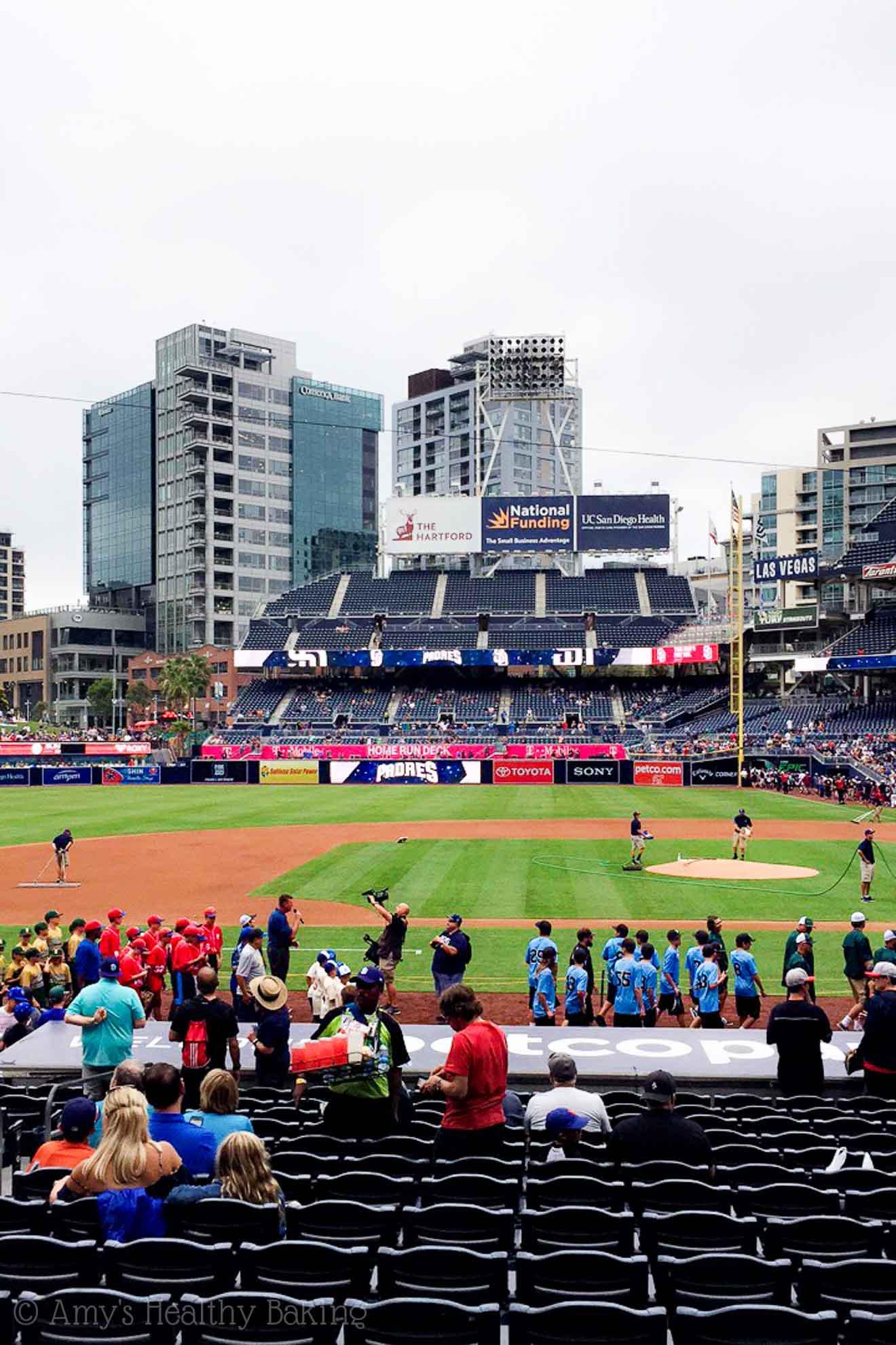 Exploring San Diego! @amybakeshealthy | Padres Baseball Games!