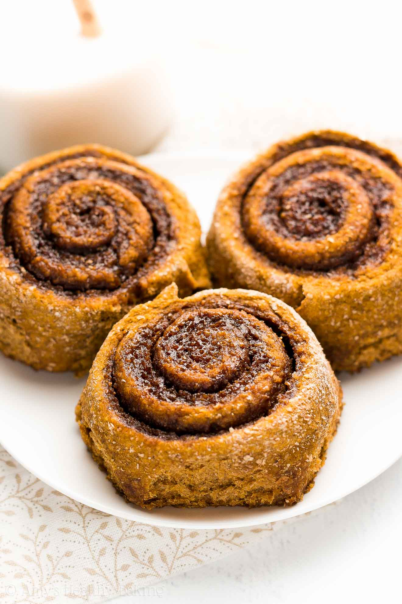 {HEALTHY!} Pumpkin Spice Latte Cinnamon Rolls -- 109 calories! They taste just like a Starbucks PSL! Perfectly tender, sweet gooey filling, surprisingly simple to make... This recipe is a TOTAL KEEPER! ad @redstaryeast