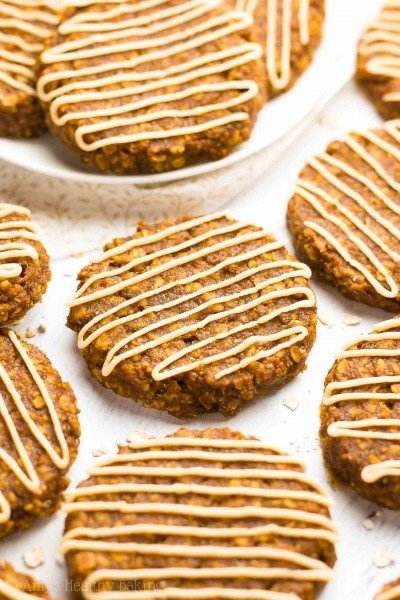 Healthy Pumpkin Spice Latte Oatmeal Cookies
