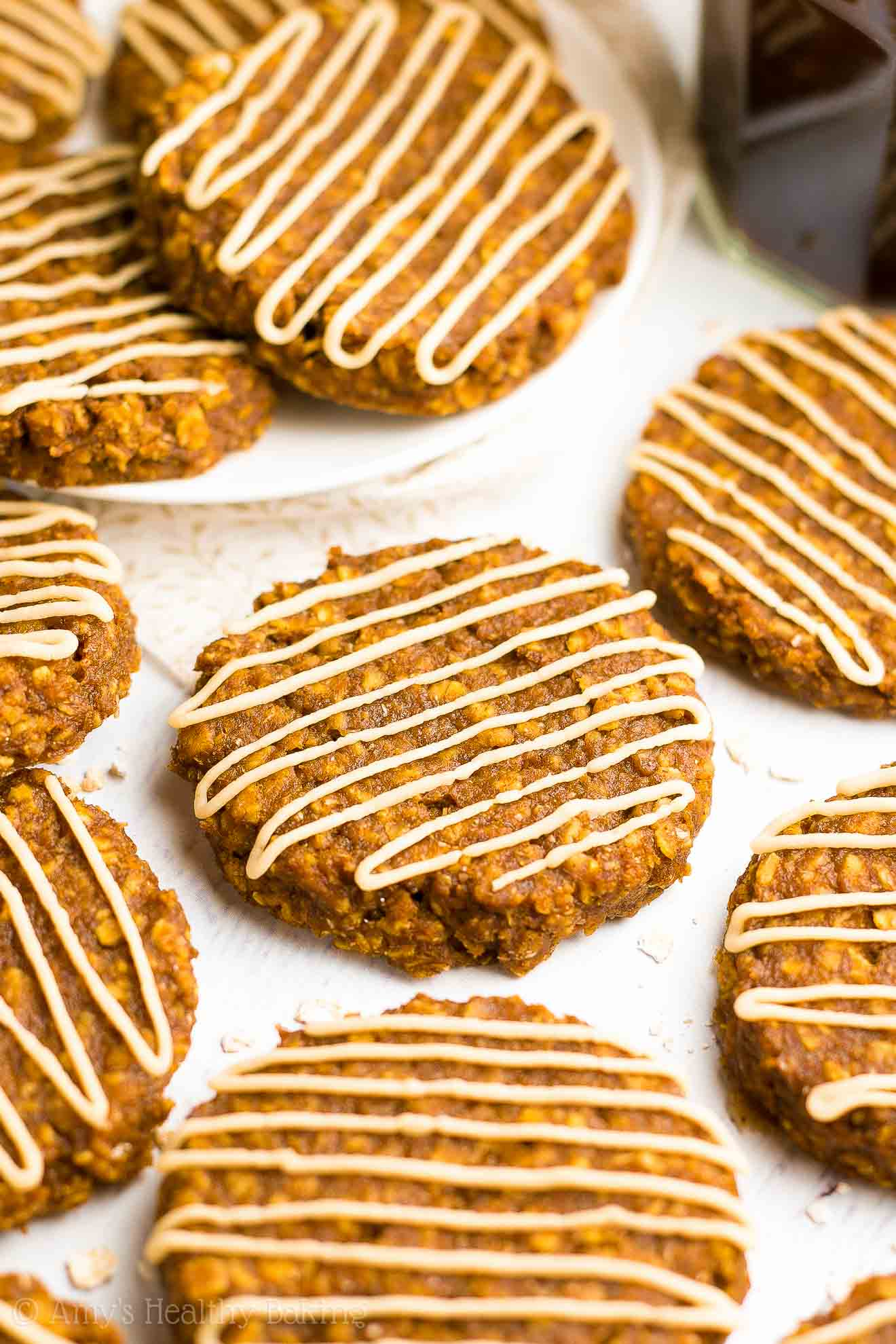 Healthy Pumpkin Spice Latte Oatmeal Cookies   Amy's ...