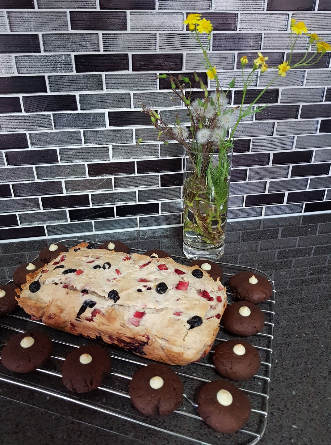 healthy strawberry blueberry banana bread & dark chocolate blossoms by @jessicachay