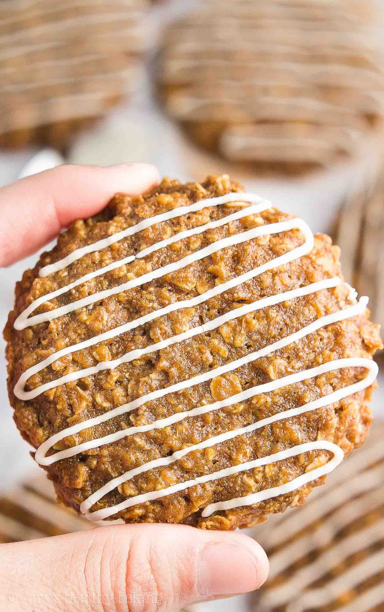 {HEALTHY!} Iced Gingerbread Oatmeal Cookies -- only 89 calories! Soft, chewy & full of cozy spices! I'm OBSESSED with this easy recipe! It's a holiday staple at my house!