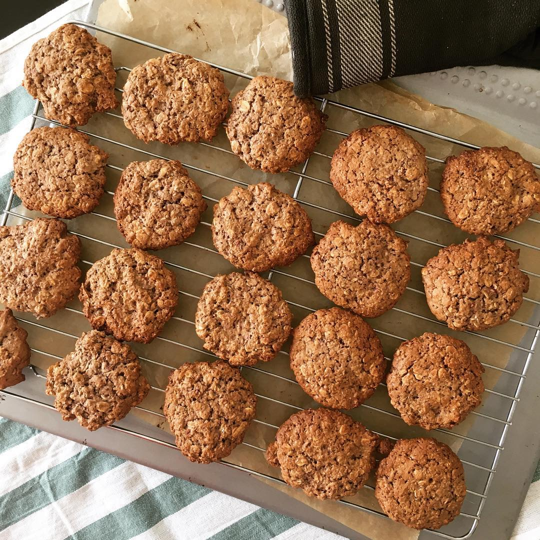 healthy raspberry oatmeal cookies by @better.bites