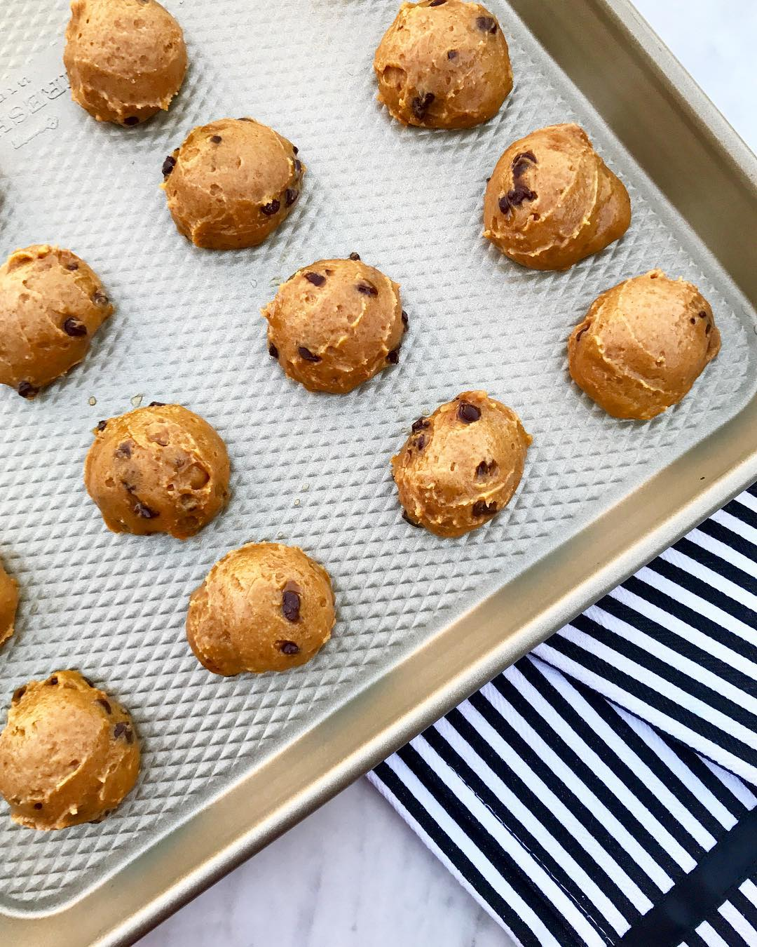 the ultimate healthy soft & chewy pumpkin chocolate chip cookies by @kalekouture