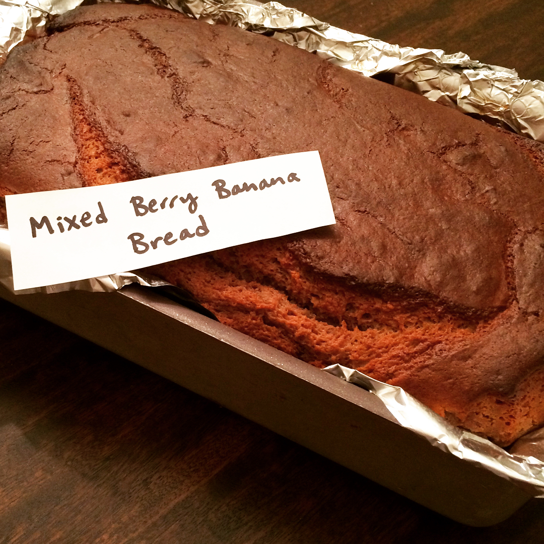 healthy triple berry banana bread by @liznoveggiegirl