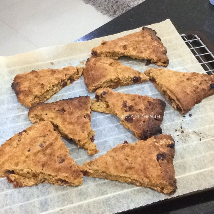 healthy cranberry orange scones by @jinny_fit4health