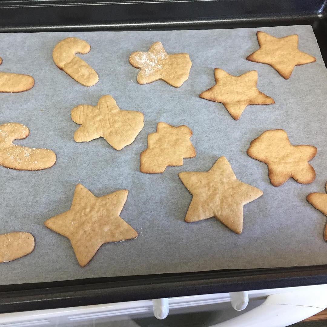 the ultimate healthy sugar cookies by @janeska17