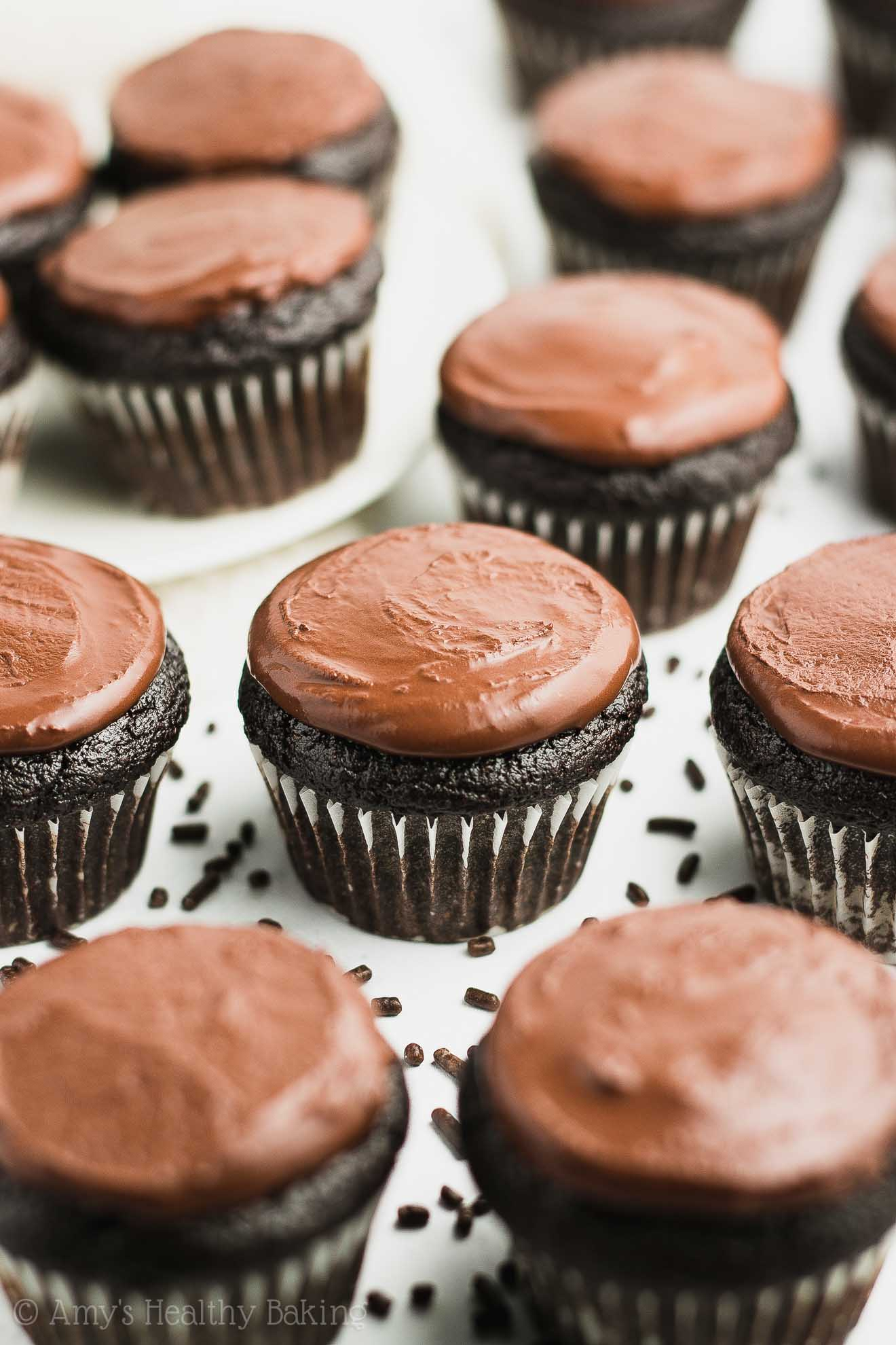 Small Batch Low-Calorie Mini Chocolate Cupcakes