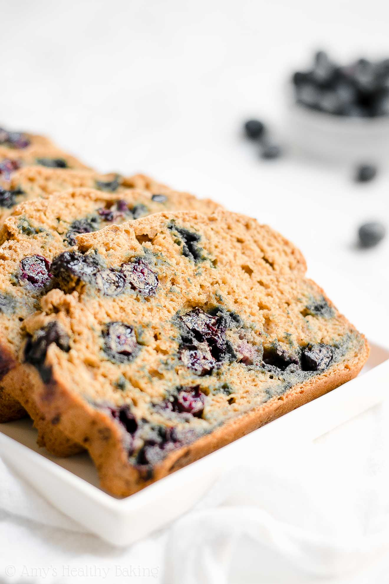 Healthy Low Calorie Blueberry Oatmeal Breakfast Quick Bread