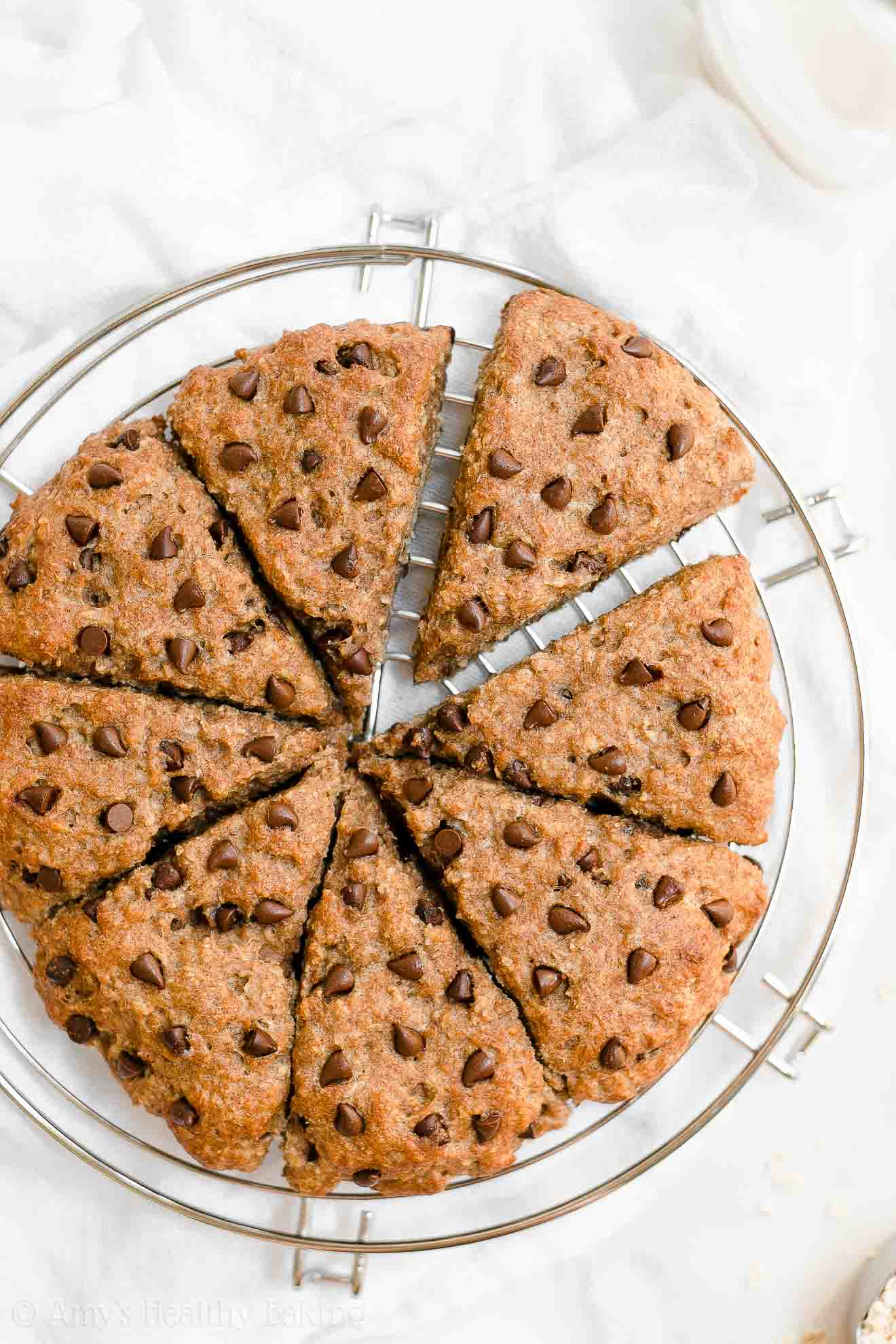 Healthy Low Calorie Greek Yogurt Oatmeal Chocolate Chip Scones