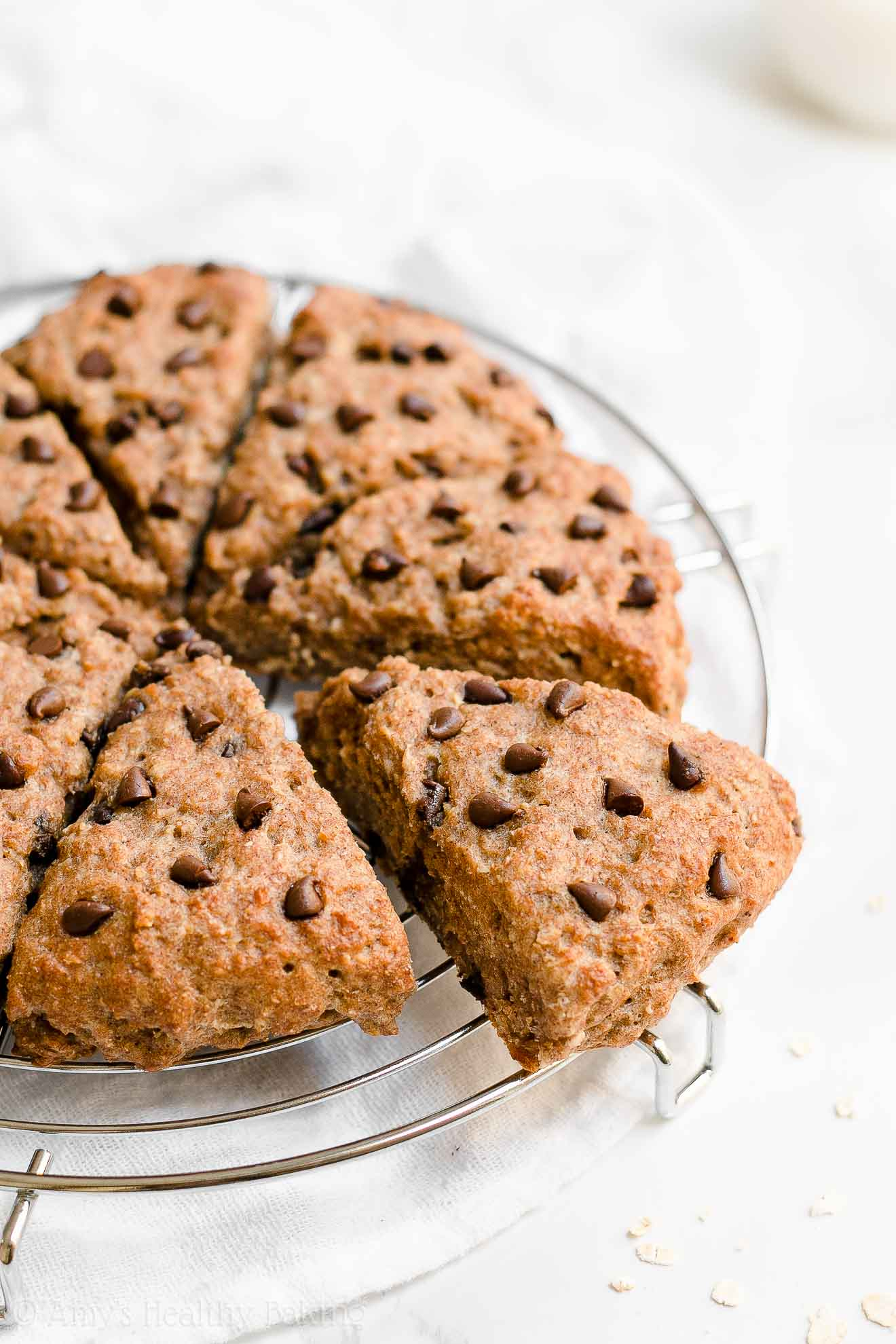 Healthy Low Fat Oatmeal Chocolate Chip Scones