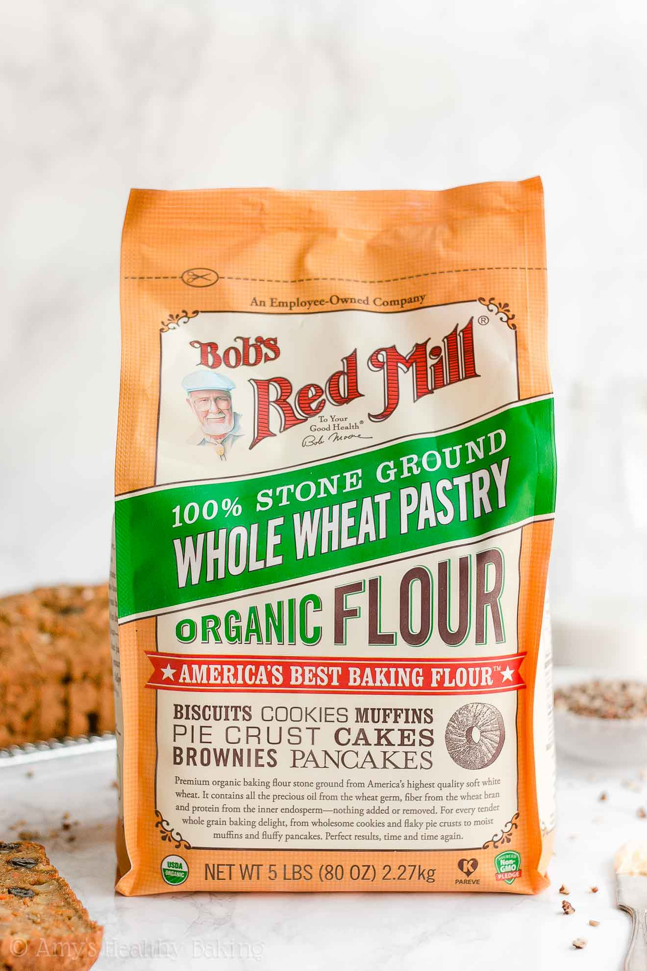 Bag of Bob's Red Mill Organic Whole Wheat Pastry Flour