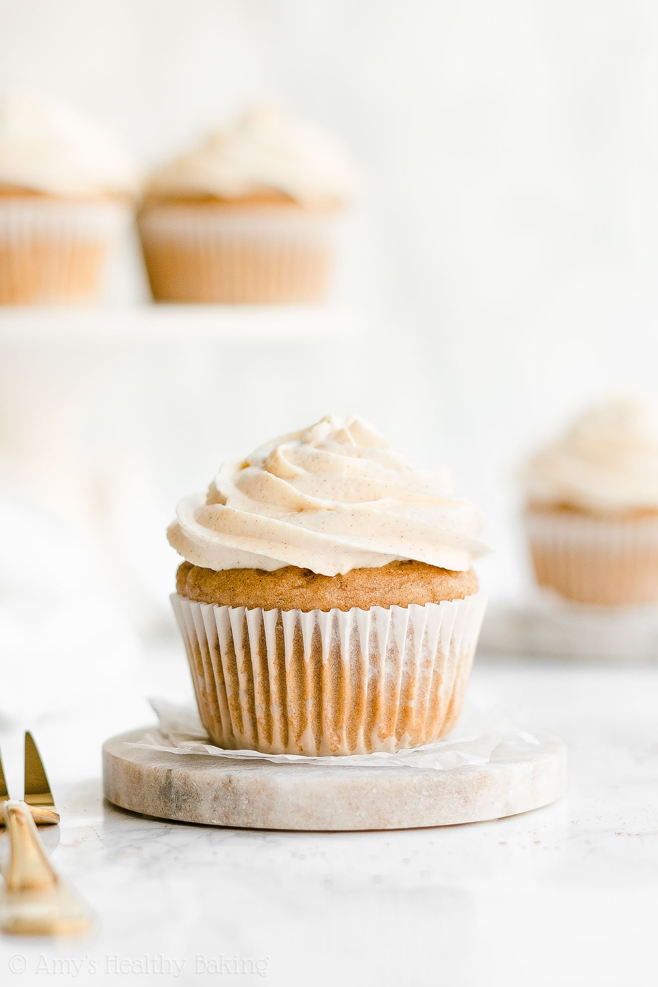 Easy Healthy Low Calorie Eggnog Cupcakes with Weight Watchers Points