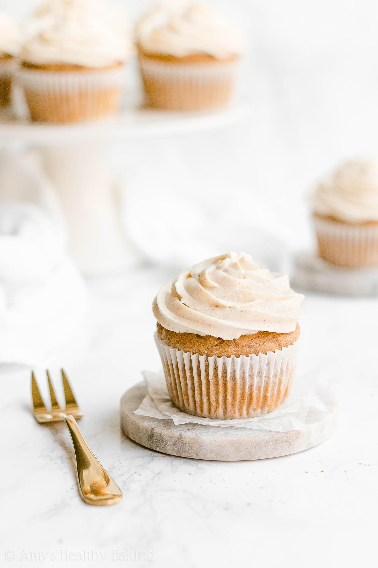 Easy Healthy Low Fat Low Calorie Moist Christmas Eggnog Cupcakes