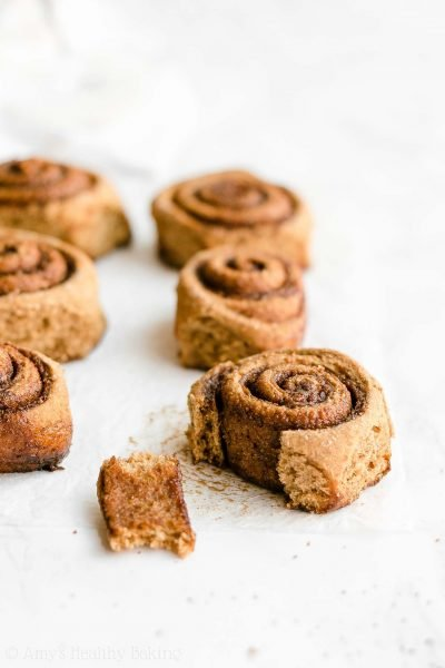 Healthy Gingerbread Cinnamon Rolls - light, fluffy & only 112 calories! They taste AMAZING, not healthy at all! Perfect for the holidays & Christmas morning breakfast! ♡ low calorie clean eating gingerbread cinnamon rolls. vegan whole wheat gingerbread cinnamon rolls. best healthy homemade gingerbread cinnamon rolls recipe.