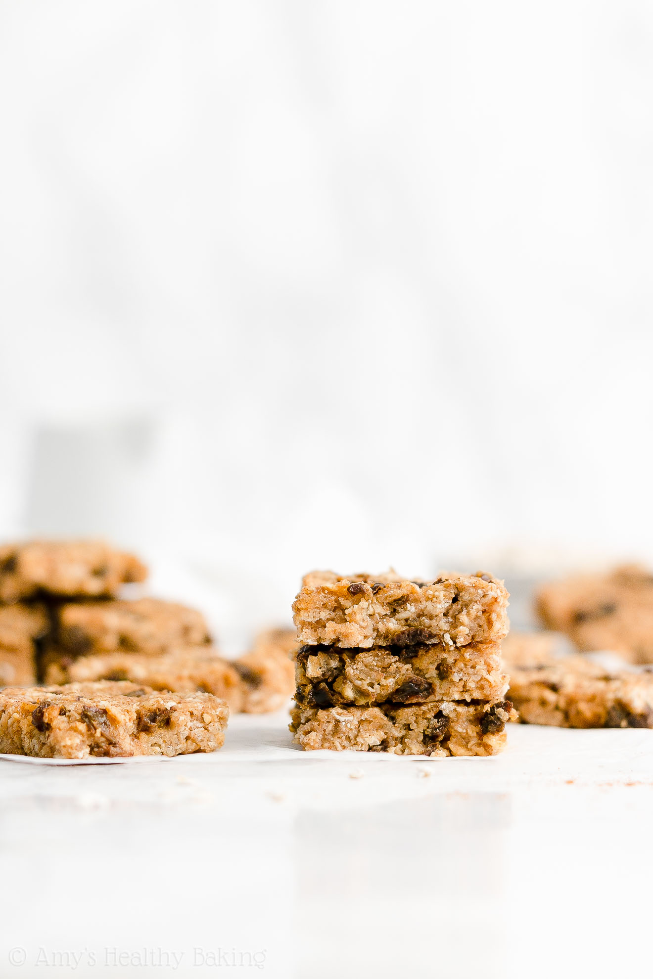 Easy Healthy Low Fat Low Calorie Soft Chewy Oatmeal Raisin Granola Bars