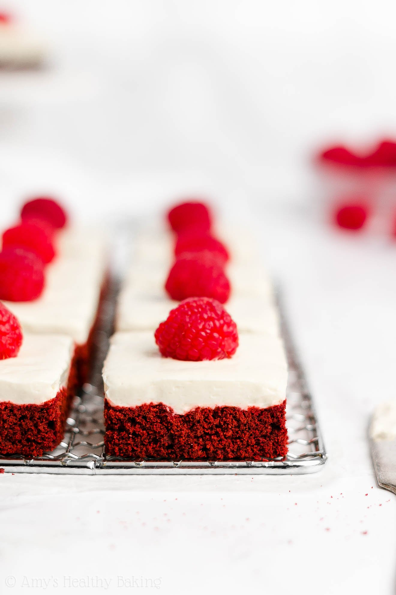 Healthy Low Calorie Red Velvet Cookie Bars + Sugar Free Cream Cheese Frosting