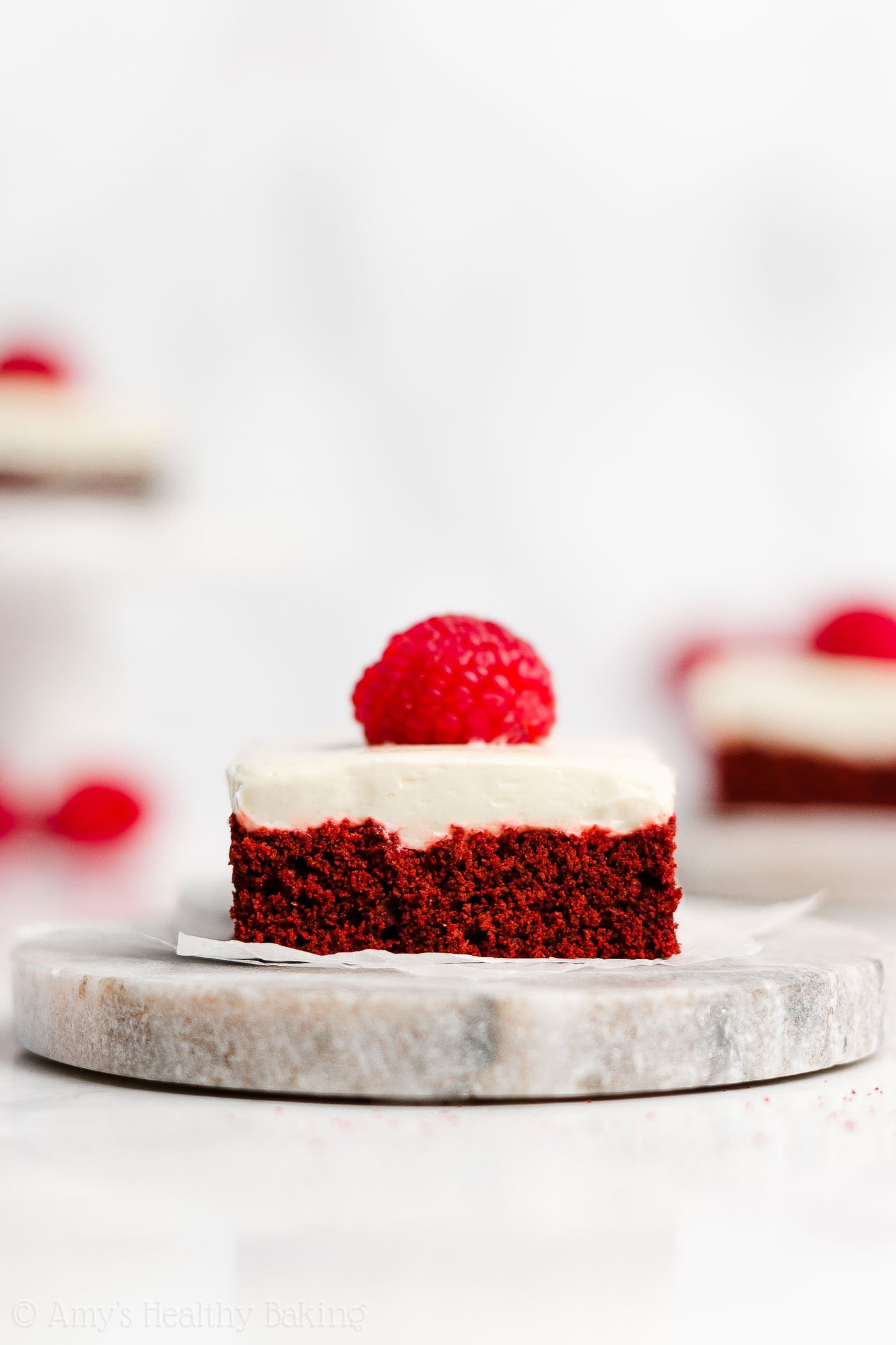 Healthy Low Calorie Red Velvet Cookie Bars + Greek Yogurt Cream Cheese Frosting