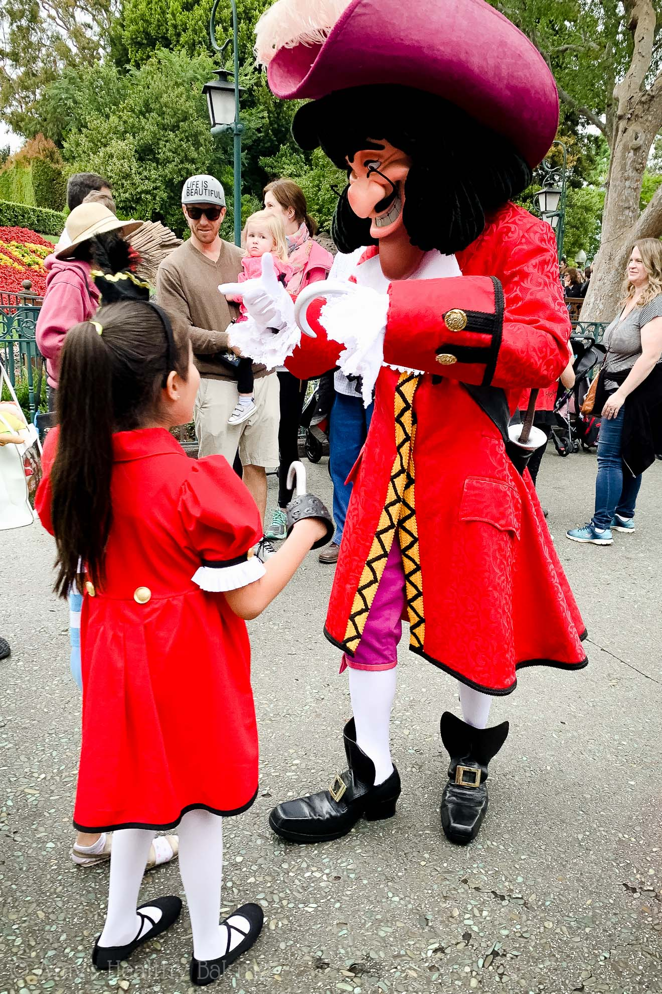 Meeting Captain Hook in Disneyland - Anaheim, California