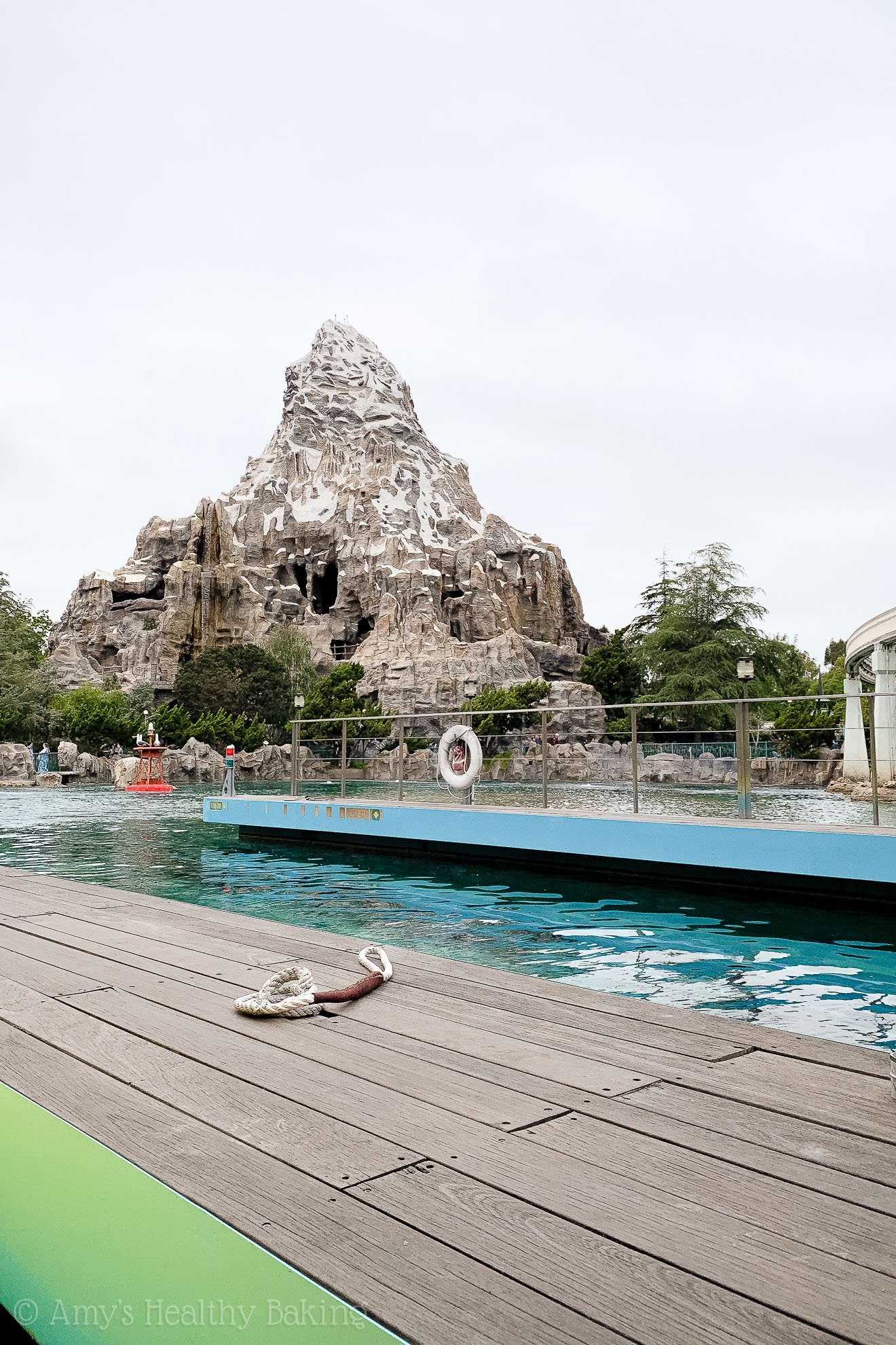 Matterhorn & Finding Nemo's submarine ride in Disneyland - Anaheim