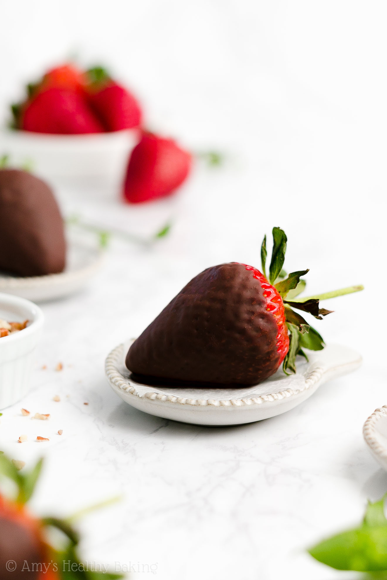 Perfect, BEST EVER Healthy Low Calorie Vegan Chocolate Covered Strawberries