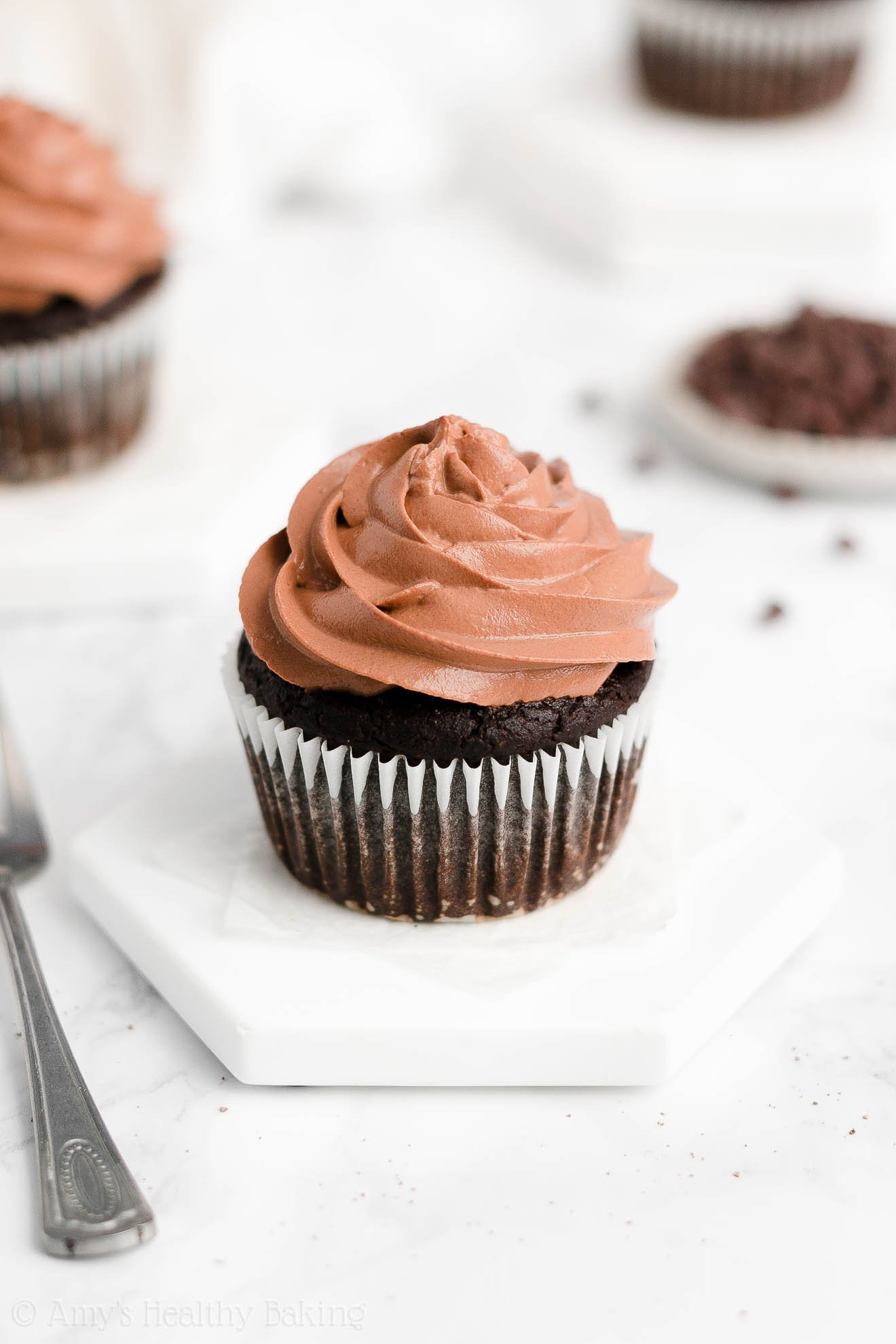 Best Easy Healthy Whole Wheat No Sugar Moist One-Bowl Chocolate Cupcakes