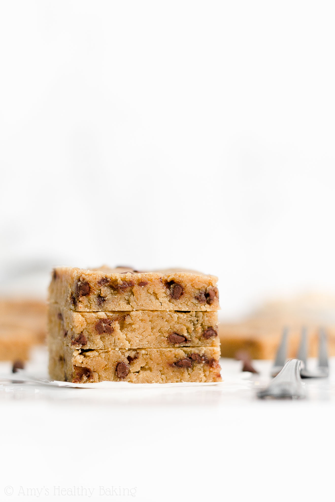Healthy Clean Eating Low Fat Flourless Chocolate Chip Peanut Butter Cookie Bars
