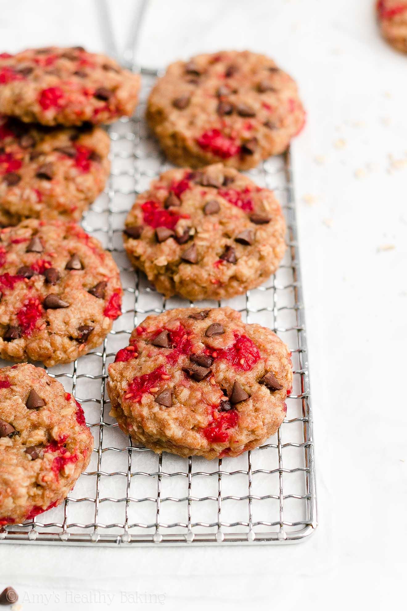 Easy Healthy Weight Watchers Raspberry Chocolate Chip Oatmeal Breakfast Cookies
