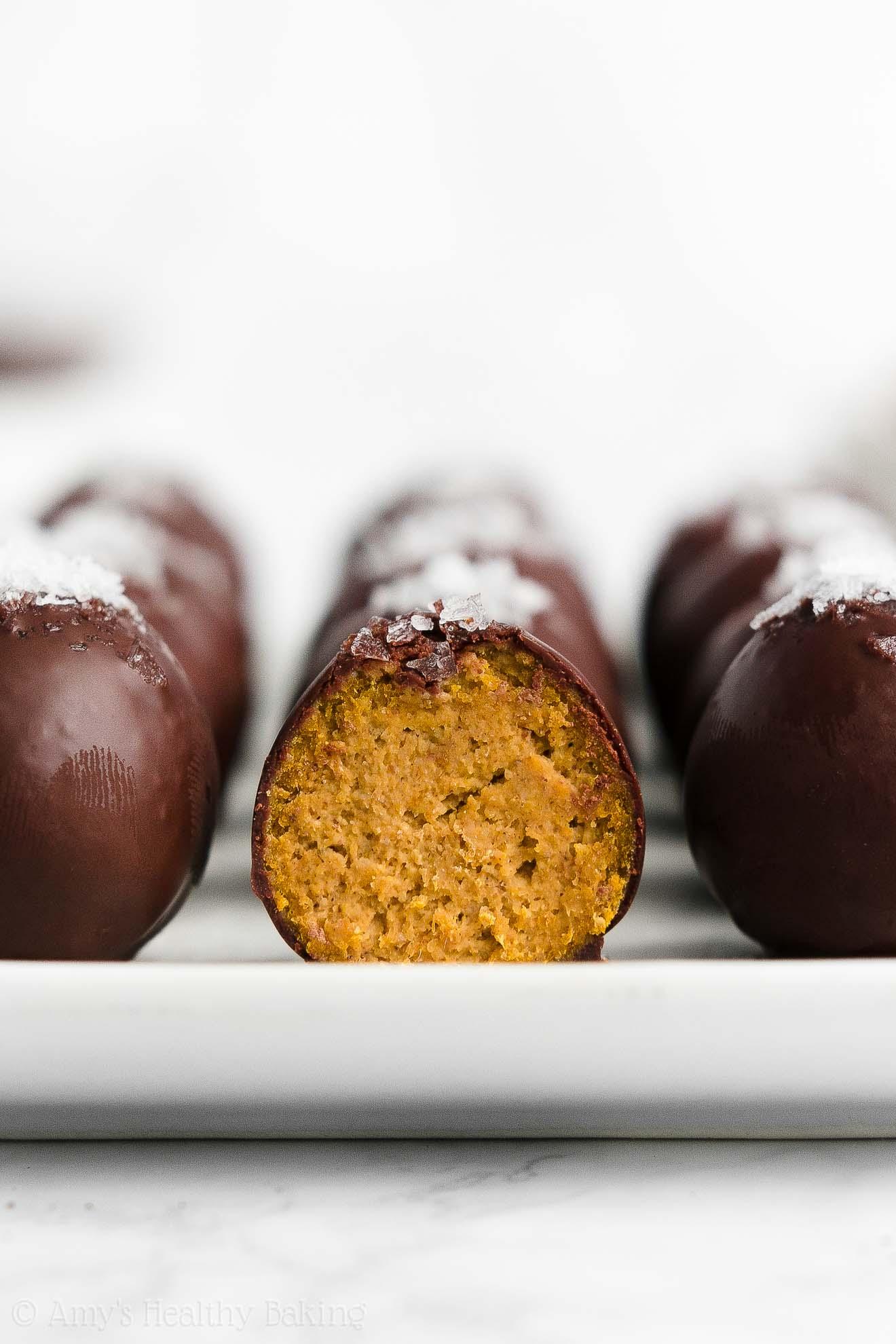 Best Easy Healthy Vegan Dark Chocolate Pumpkin Truffles (without cream cheese)