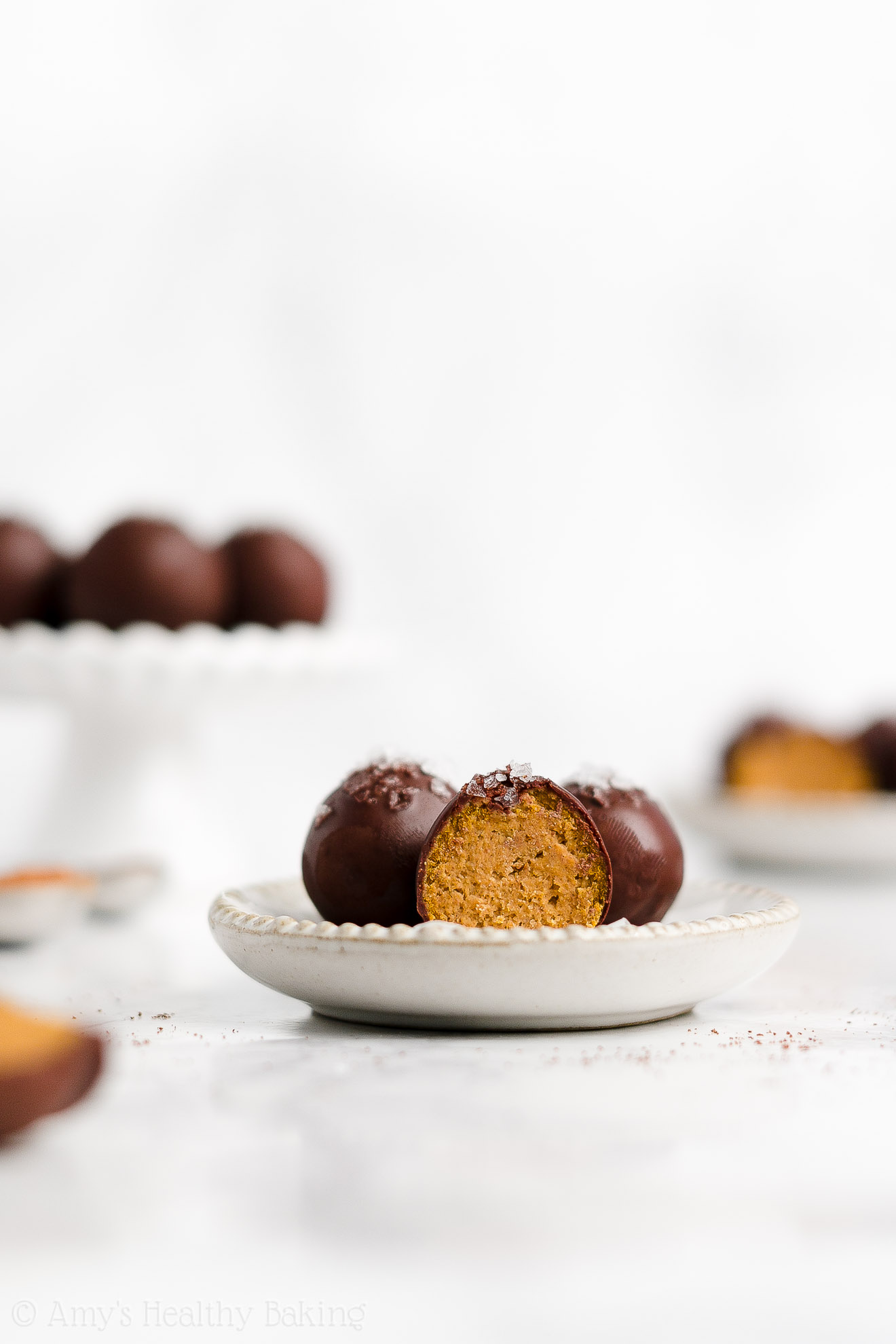 Best Healthy Homemade Gluten Free Vegan Dark Chocolate Pumpkin Truffles