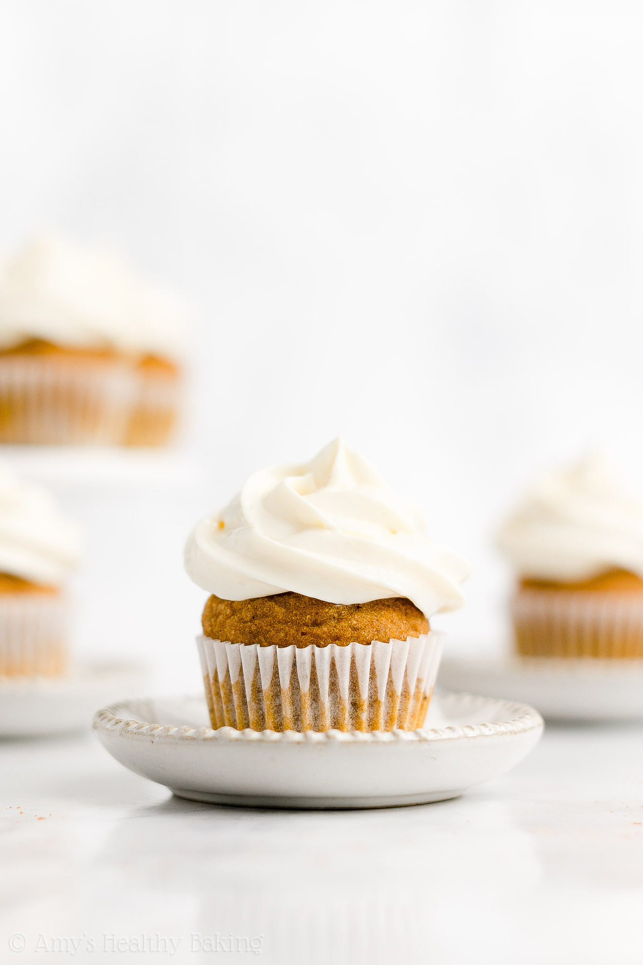 Best Healthy Whole Wheat Mini Pumpkin Cupcakes + Cream Cheese Frosting