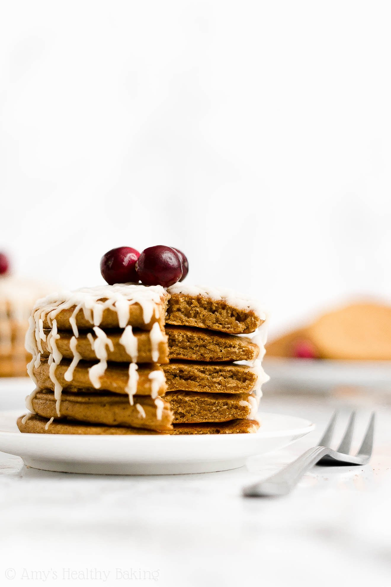 BEST EVER Easy Healthy Whole Wheat Low Sugar Fluffy Gingerbread Pancakes