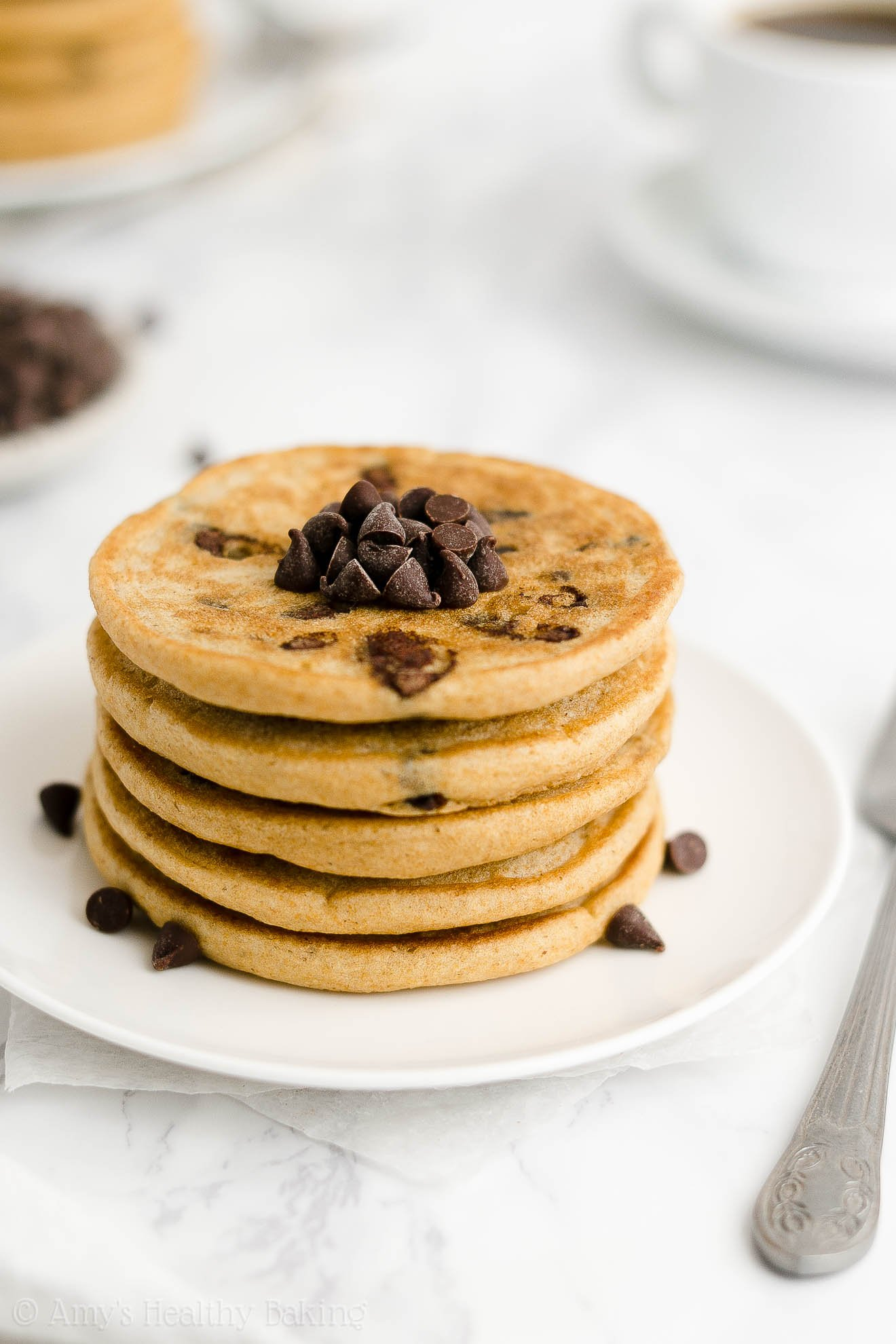 ULTIMATE Best Easy Healthy Clean Eating Low Calorie Chocolate Chip Pancakes