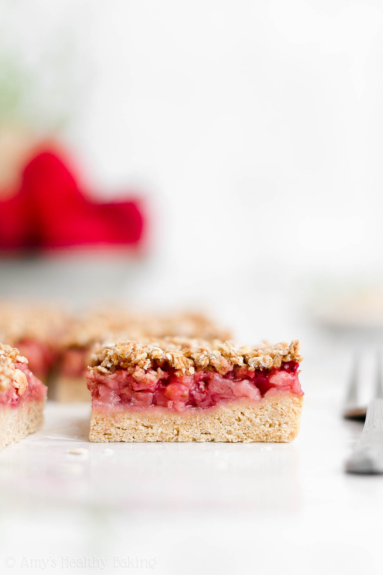 Best Healthy Whole Wheat Low Calorie Egg Free Strawberry Oat Crumble Bars