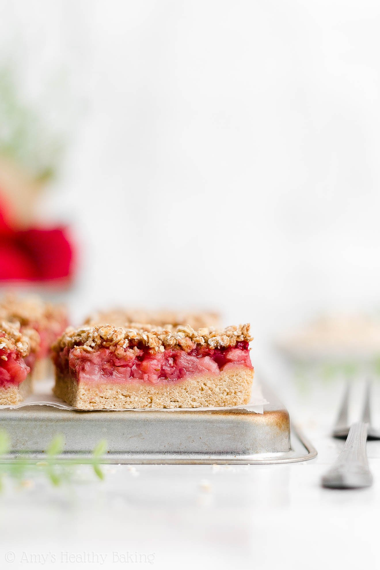 Best Healthy Whole Wheat Low Fat Low Calorie Strawberry Oat Crumble Bars