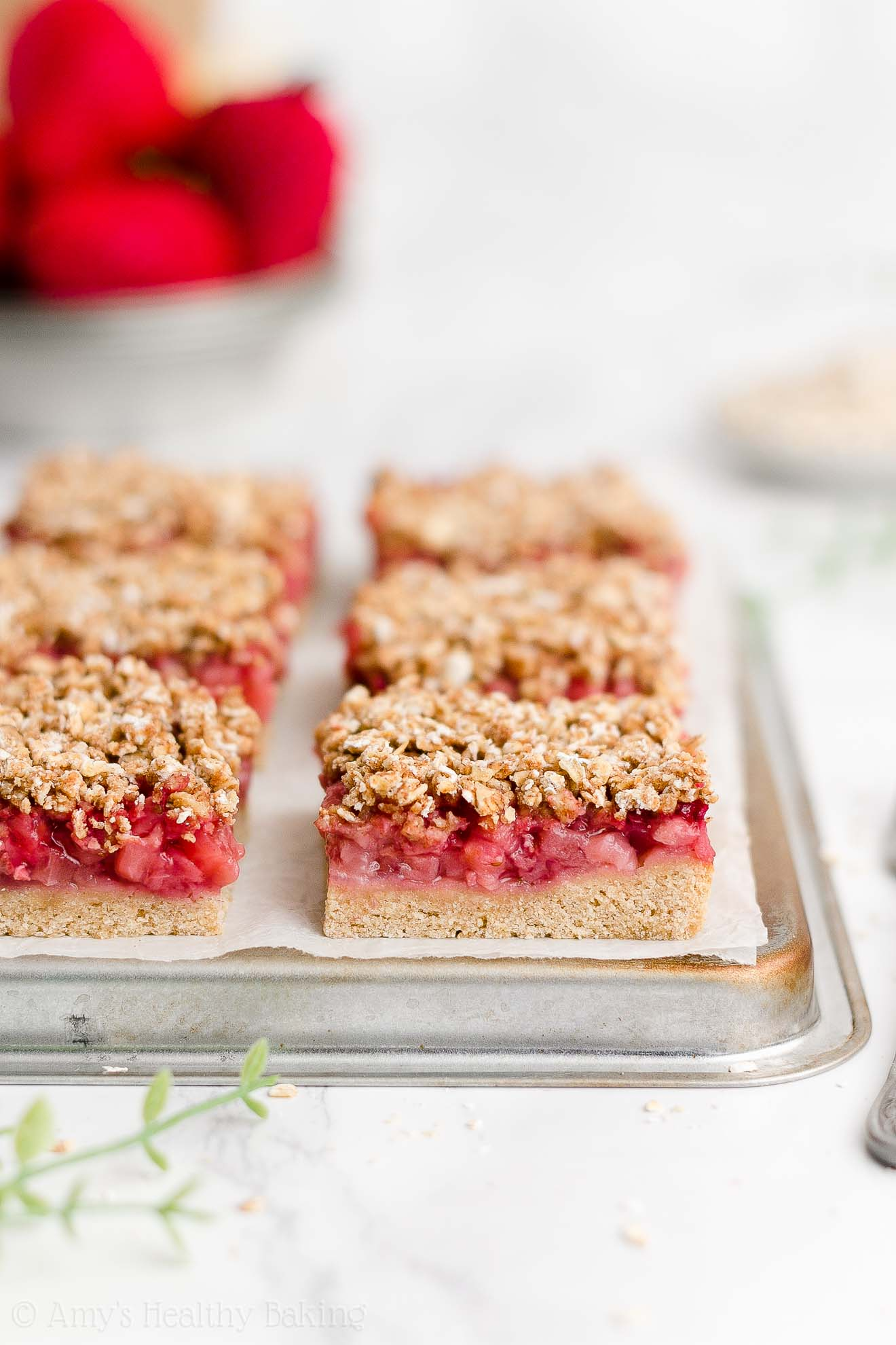 Best Healthy Weight Watchers Low Calorie No Sugar Strawberry Oat Crumble Bars