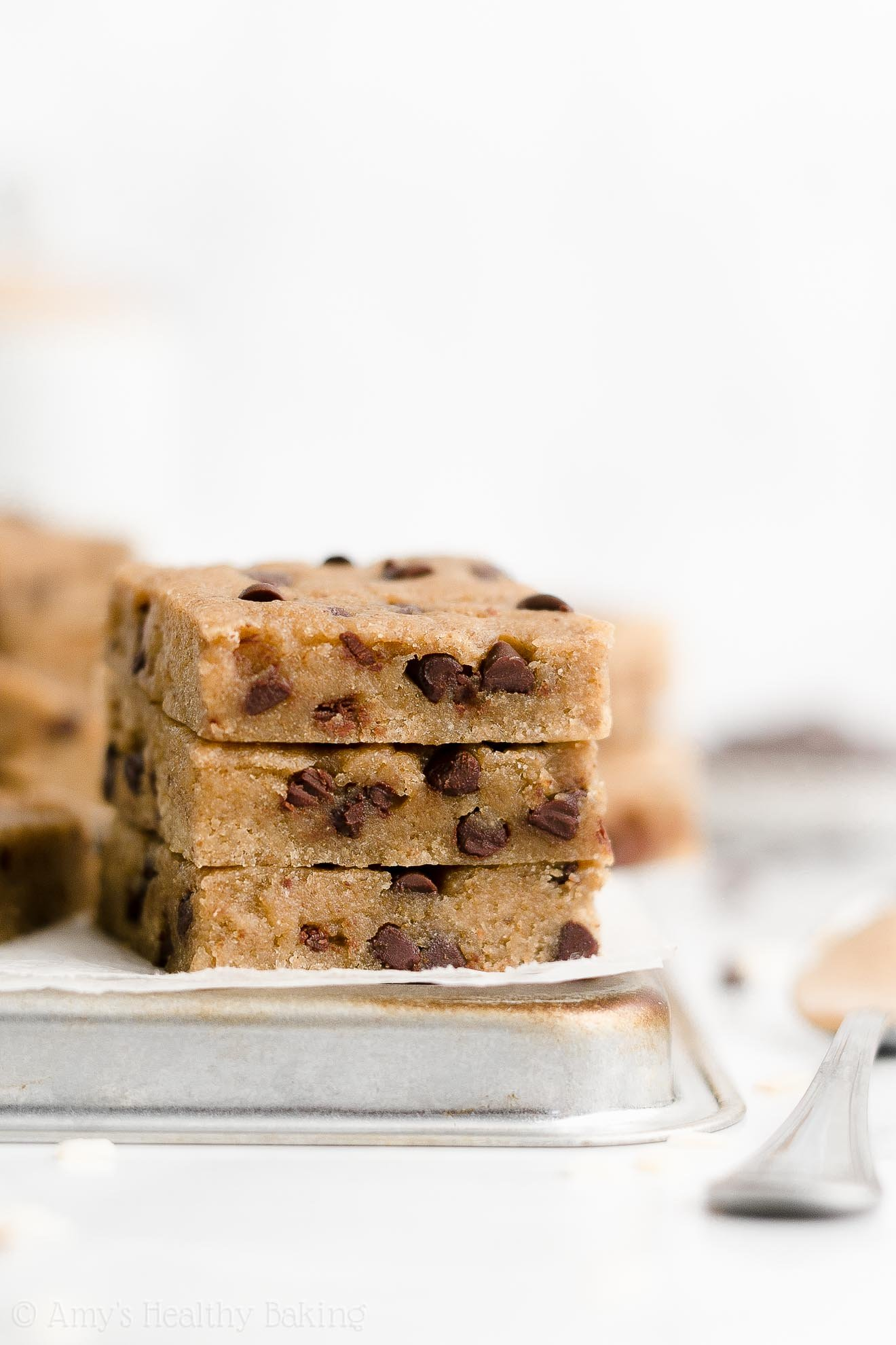 Healthy Clean Eating Weight Watchers Chocolate Chip Almond Butter Cookie Bars