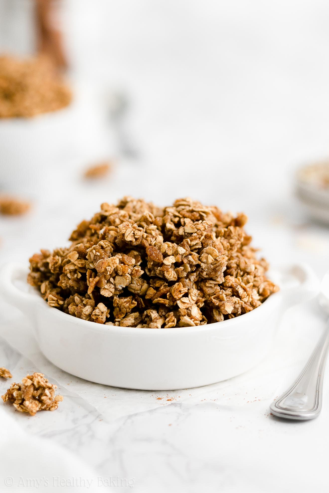 best easy healthy cinnamon granola recipe that's low calorie & clean eating